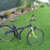 4 Fahrräder abzugeben alle verfügen über Gangschaltung Preise das rotfarbene Rad 80€ schwarz-blau 100€ violett 60€ gelbe mit Alurahmen dieses wird  an Bastler abgegeben 20€
