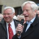 Oberbürgermeister und Manfred Gniffke führen durch die Altstadt