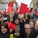 Irrläufer bei Revolutionsfeier: Protest in Prag - Ei trifft Gauck